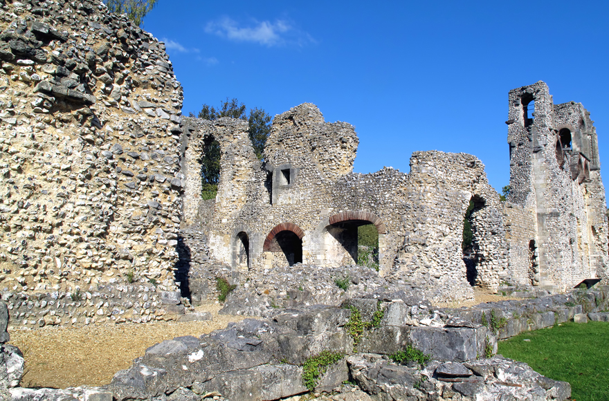 Explore the ruins of Wolvesey Castle